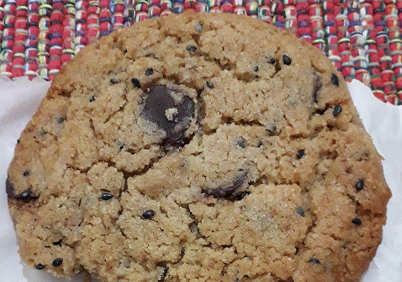 Para tudo! Nosh (SP) faz cookie de tahine e chocolate