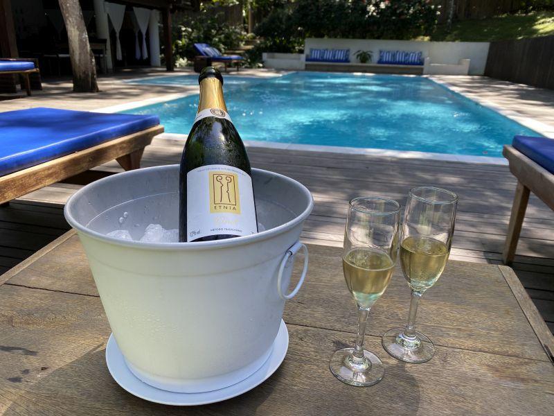 Etnia Casa Hotel (BA) e vinícola gaúcha criam espumantes