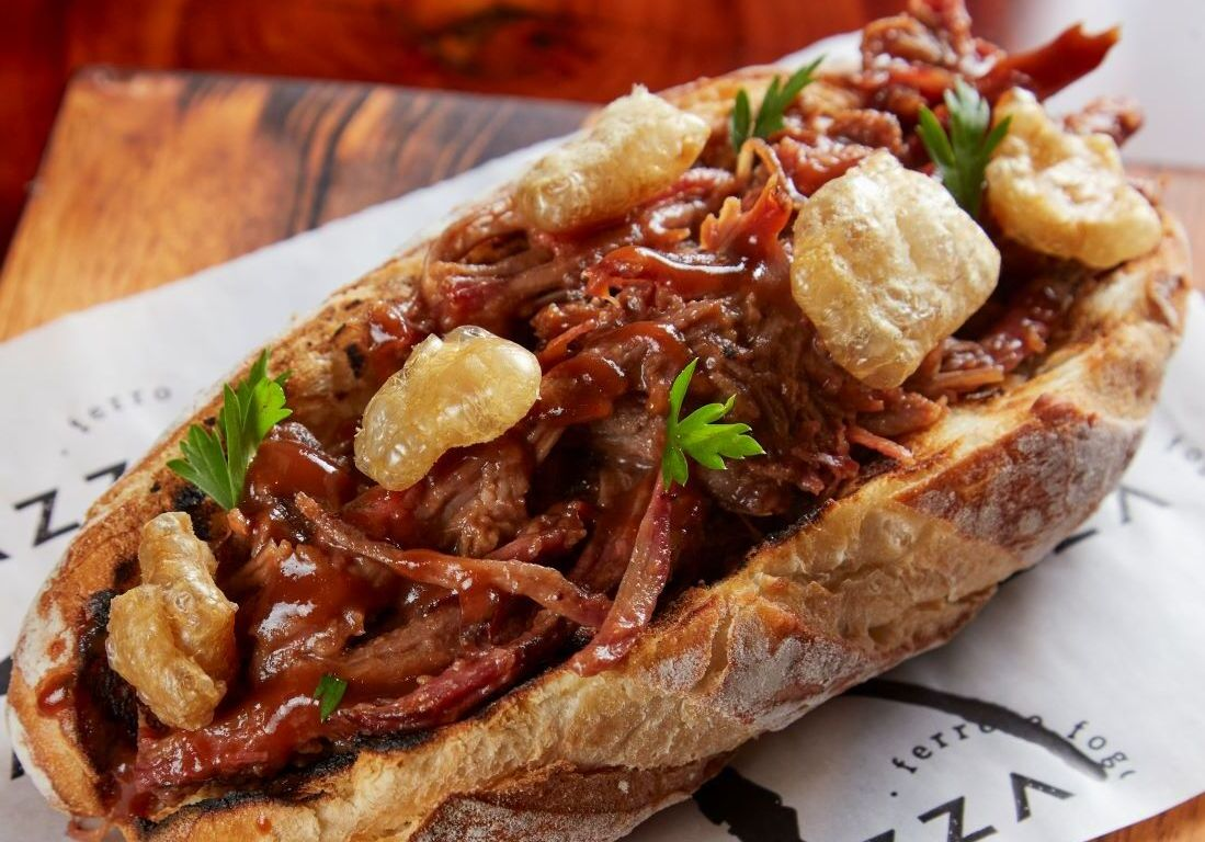 Brazza Ferro e Fogo tem menu da chef Paula Labaki