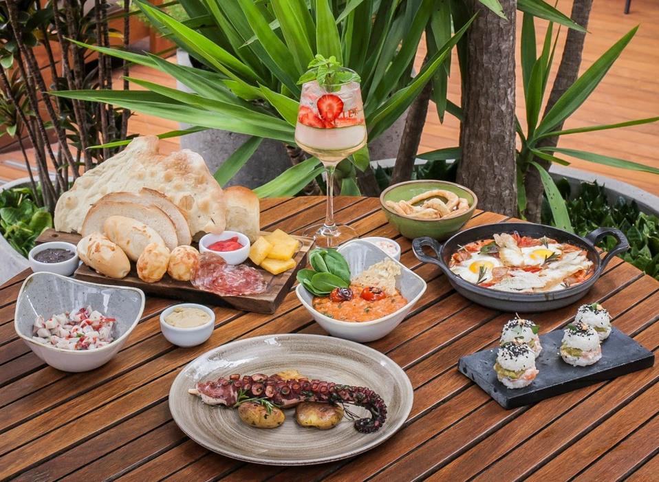Must Bar, do Tivoli Mofarrej (SP), serve brunch