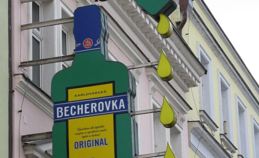 Karlovy Vary (Tchéquia): a terra do licor Becherovka